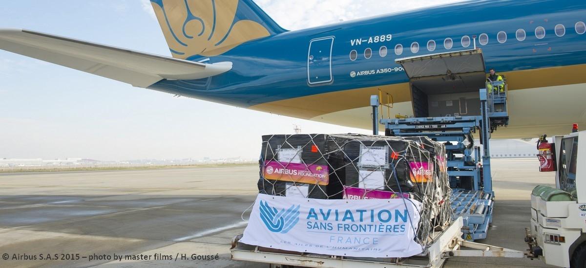 Vietnam : des centaines de jouets pour les enfants malades envoyés avec la Fondation Airbus Group