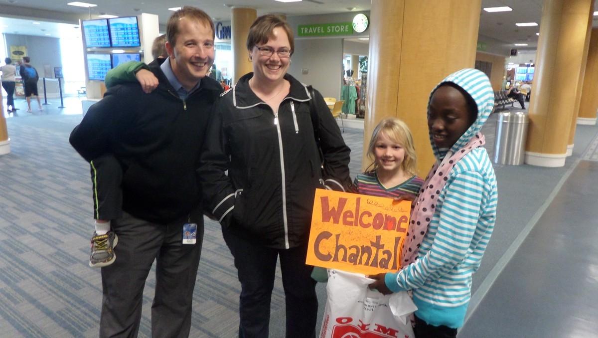 Témoignage : Alain accompagne Chantal, petite réfugiée congolaise