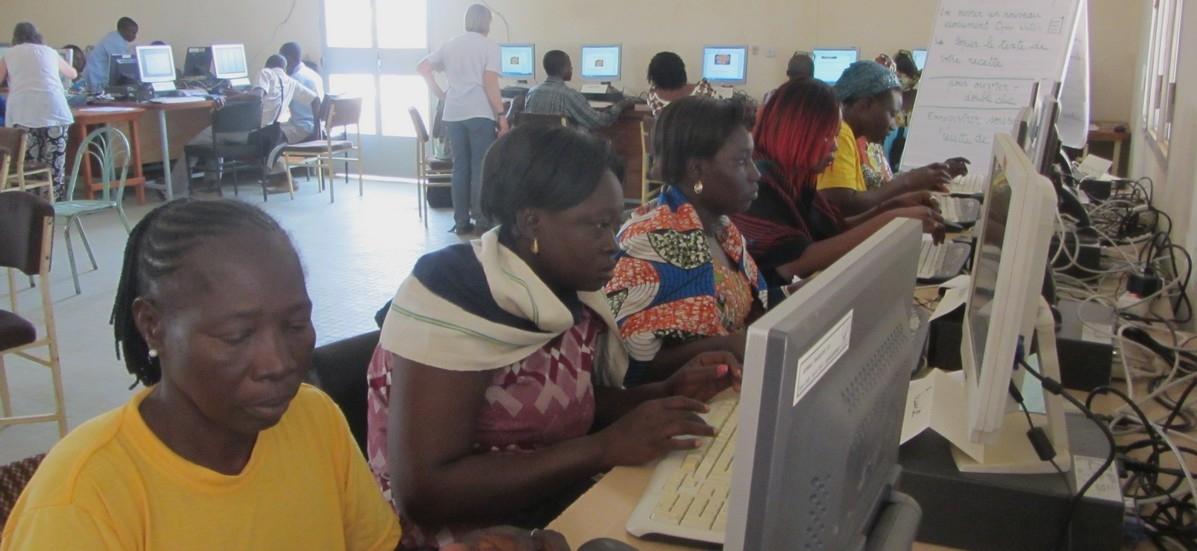 Du matériel informatique pour le Burkina-Faso