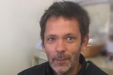 Portrait de Franck, en mécénat de compétence Bluelink aux Accompagnements d'Enfants Malades