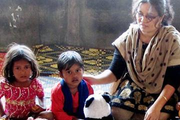 Un autre Noël : quand les enfants français tendent la main aux enfants Rohingyas réfugiés au Bangladesh